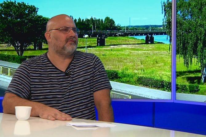 Telewizja Gorzów, Fabryczna 17. Roman Błaszczak i Piotr Kuśmider, porozmawiamy o świętach, pomocy i kobietach.
